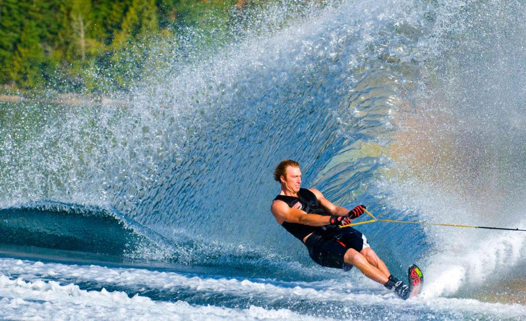 Как выбрать водные лыжи?