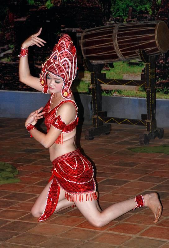 Танцы Апсар